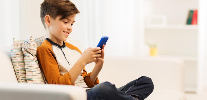 Repensando o uso de aparelhos eletrônicos na primeiríssima infância